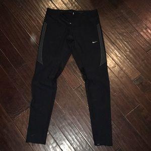 Nike drifit Run leggings Euc! Look new! Size med